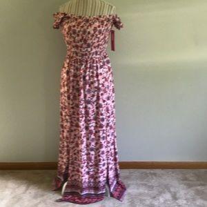 Dresses & Skirts - Pink Floral Off the shoulder Maxi Dress NWT